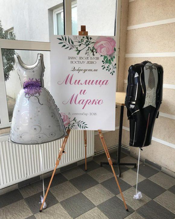 Helijum baloni u obliku mlade i mladoženje za venčanje