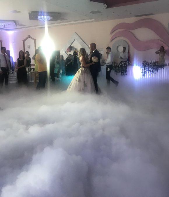 suvi led prvi ples