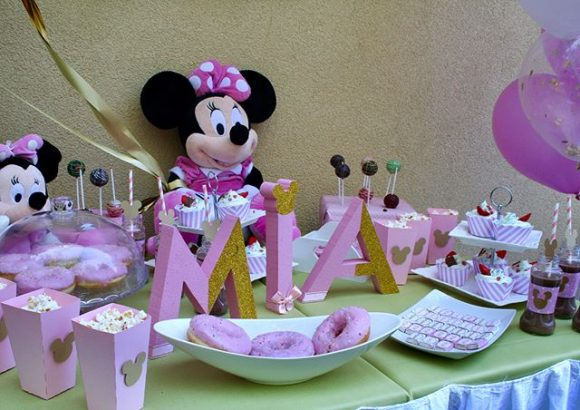 Dekoracija rodjendana i slatki sto